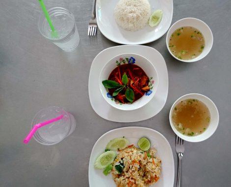 Mittagsessen auf asiatisch...